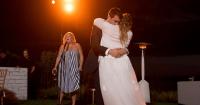 Amy Schumer Menikah Diam-diam Inilah Momen Bahagianya
