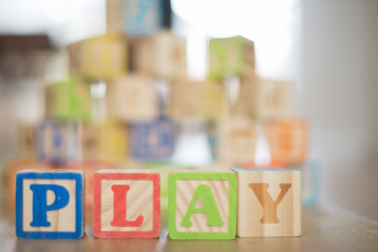 5. Belajar sambil bermain