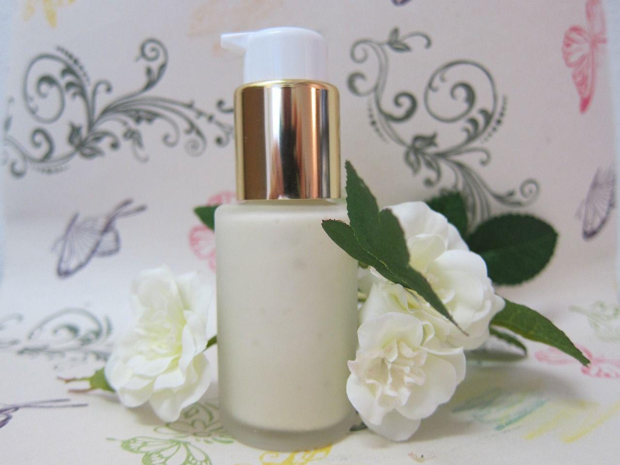 4. Cerahkan hari moisturizer