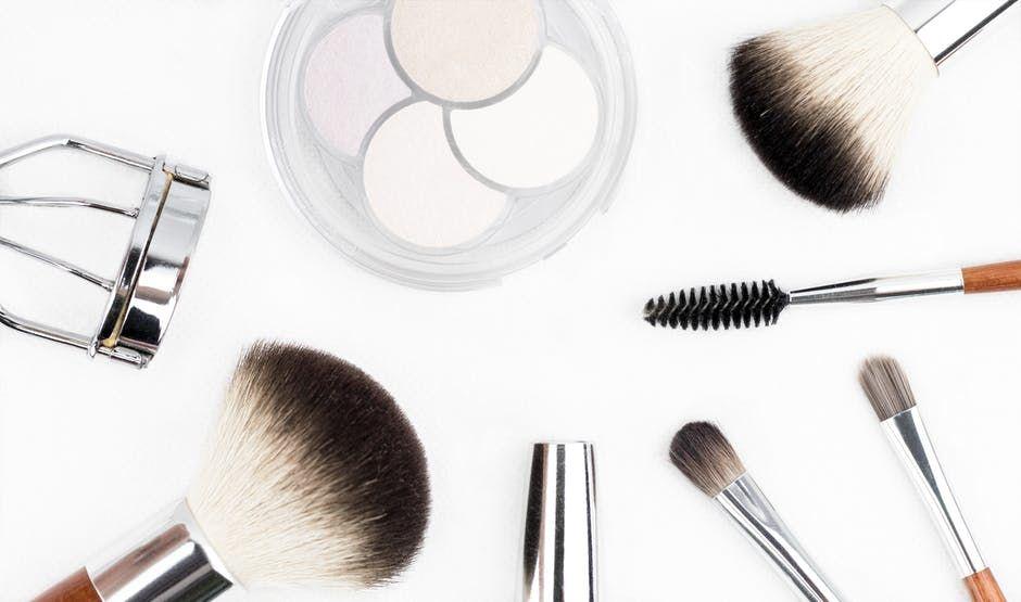 Tanda Kalau Makeup Kamu Sudah Kedaluwarsa