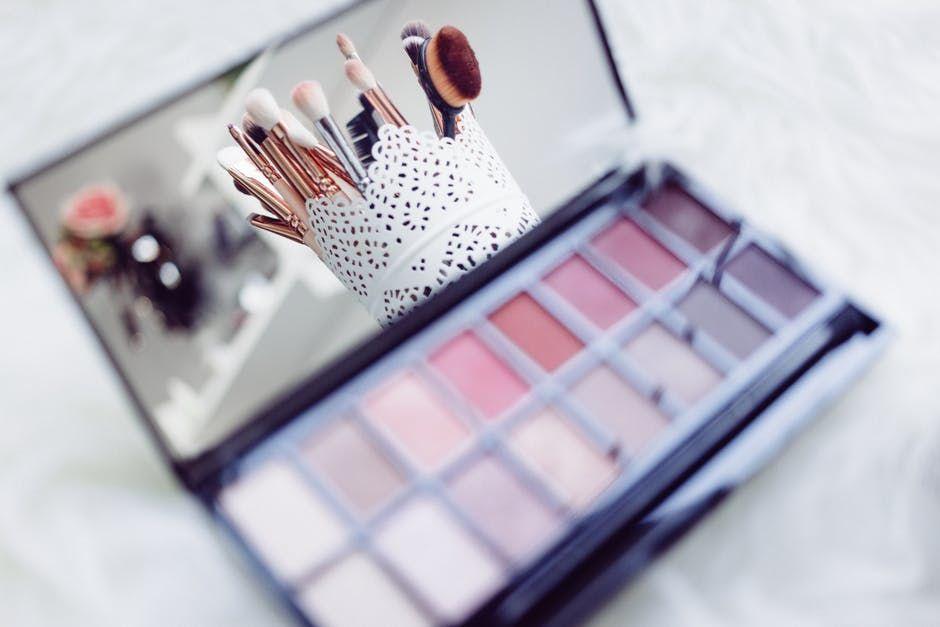 3. Eyeshadow