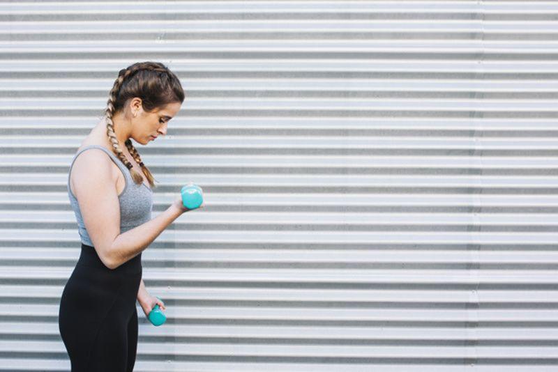 5. Latihan ringan menguatkan otot