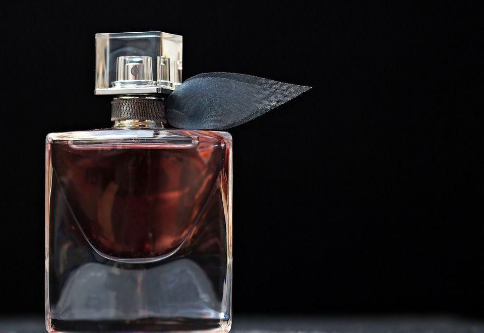 2. Penyuka aroma woody