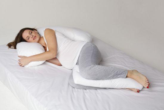 Apa harus dipertimbangkan sebelum membeli bantal khusus ibu hamil