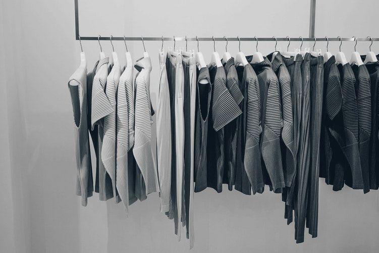 4. Bersihkan lemari