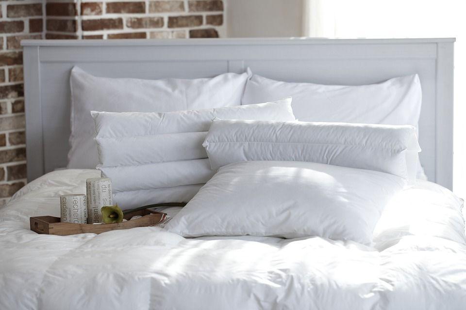 4. Kamar tidur juga harus diperhatikan kebersihannya