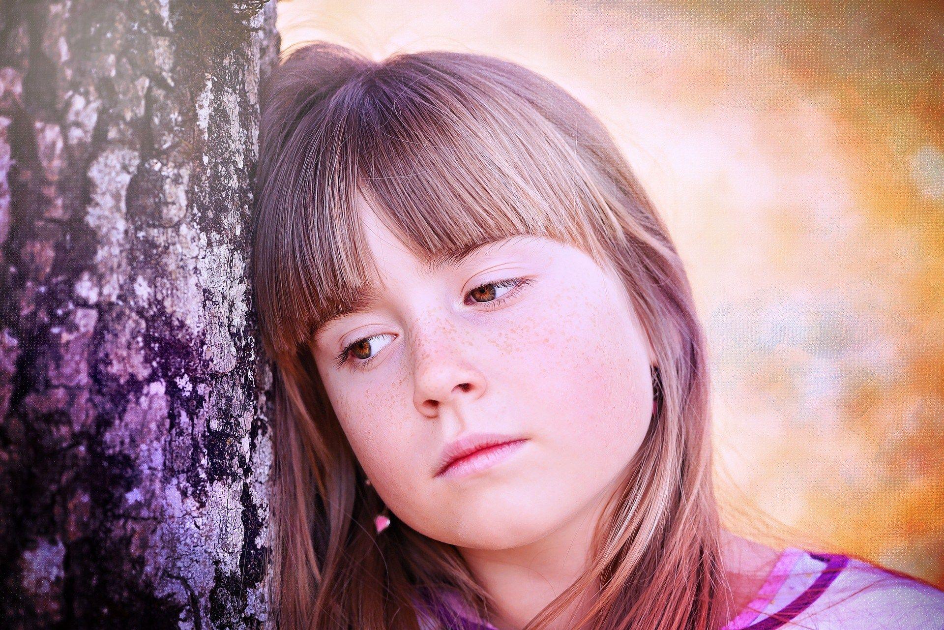 8. Overprotektif tidak percaya kepada anak