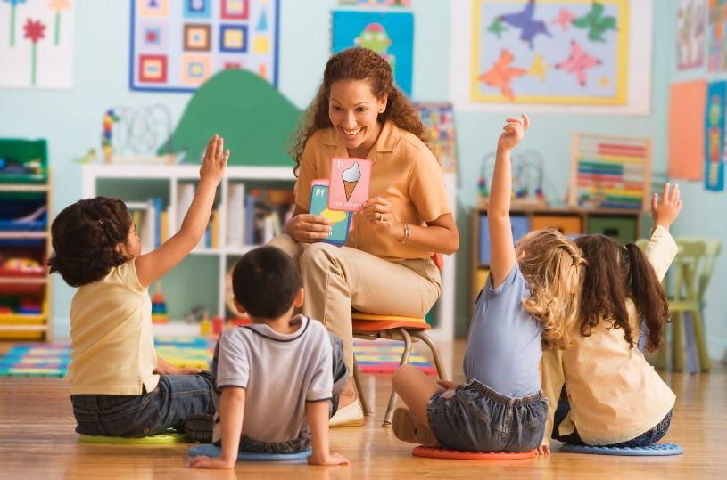 1. Perhatikan kualitas guru TK-nya