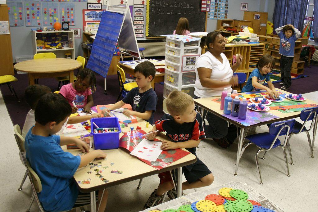 5. Perhatikan kurikulum sekolah agar si Kecil bisa mudah mencerna setiap pelajarannya
