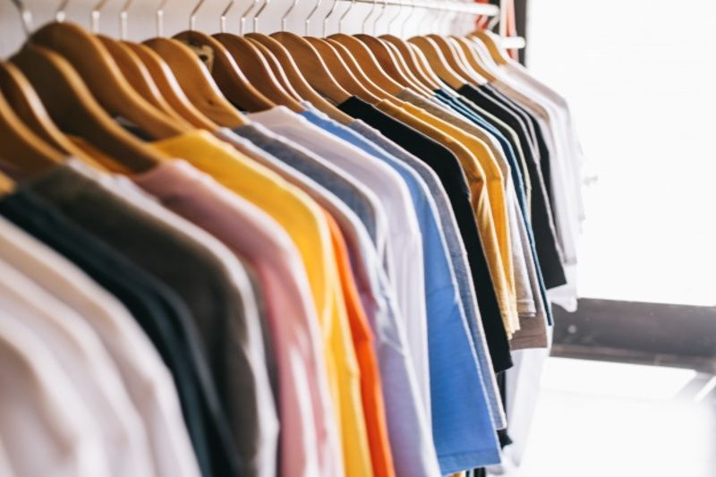 3. Pakaian nyaman