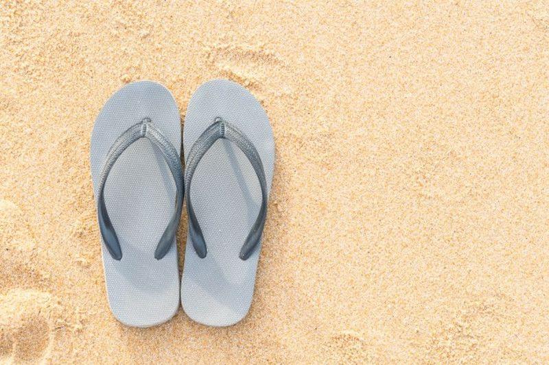 6. Sandal nyaman