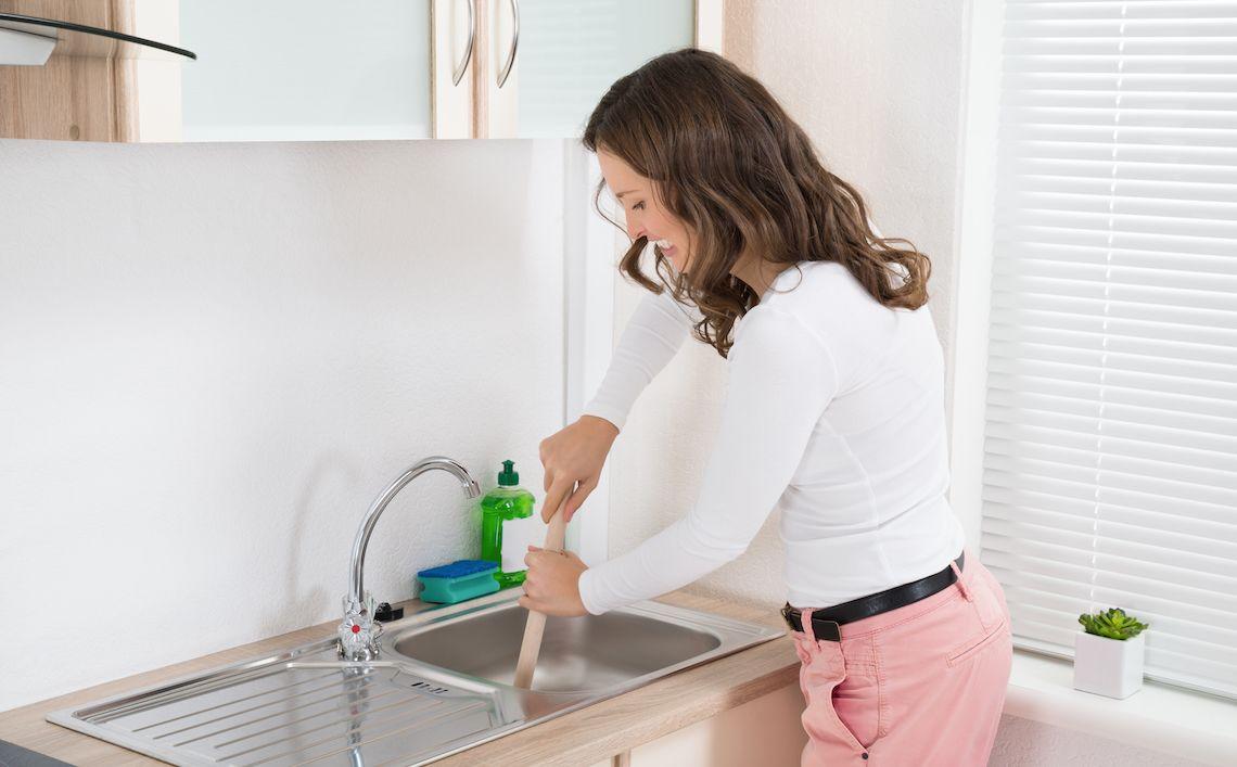 7. Pembersih saluran air