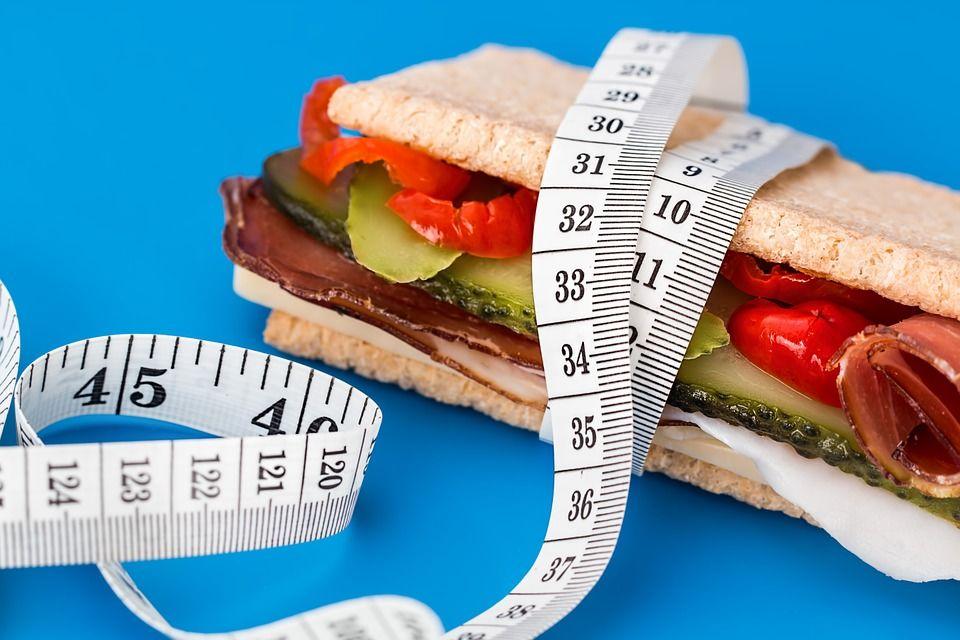 2. Melakukan diet