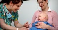 Bayi Mama Rewel Setelah Imunisasi Berikut 6 Tips Mengatasinya