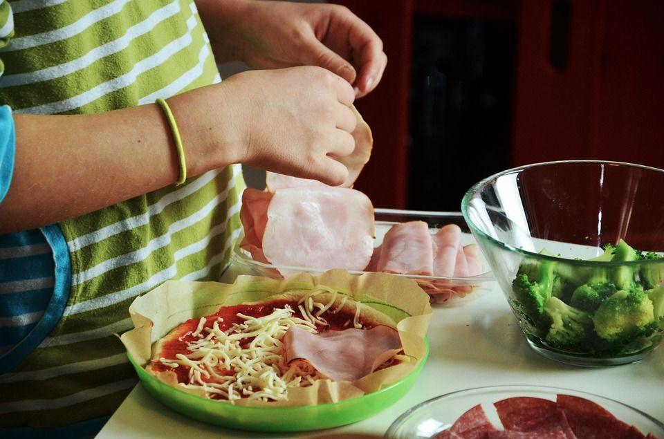 Cara membuat pizza teflon