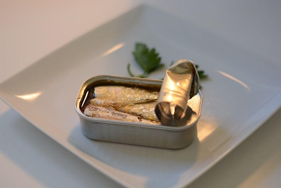 Banyak Dikemas dalam Kaleng, Bolehkah Bayi Makan Ikan Sarden