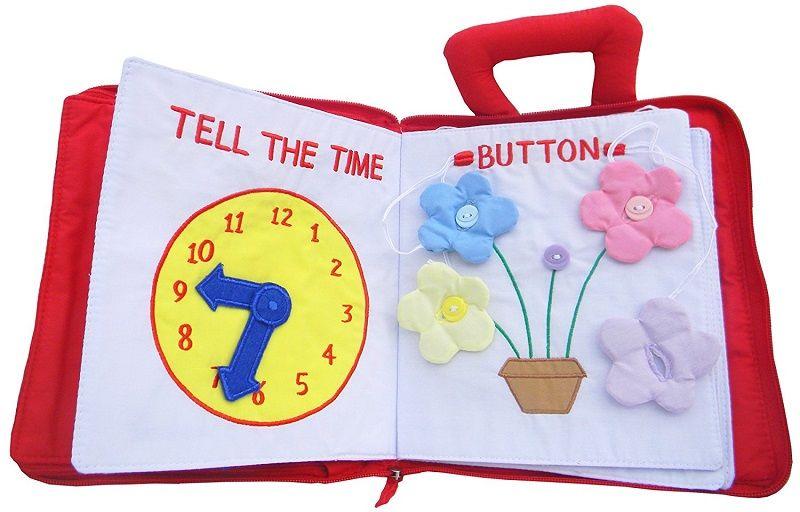 2. Belajar mengenal jam mengancingkan baju