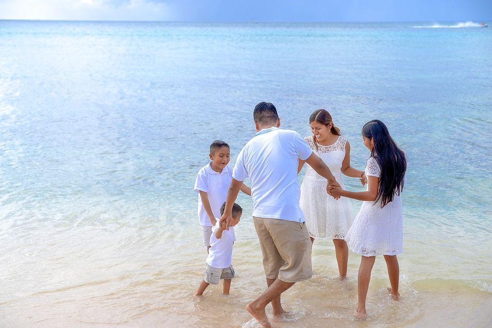 3. Tempat wisata digratiskan hari libur pengganti