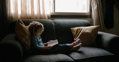 Sudah Tahu Busy Books Manfaat bisa Mengurangi Pemakaian Gadget