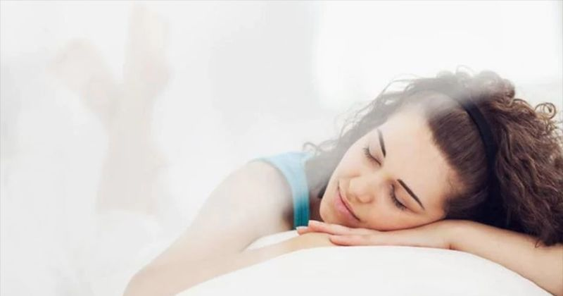 10. Tidak menggunakan alkohol membantu agar bisa tertidur