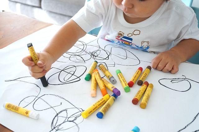 6. Manfaatkan aktivitas menggambar