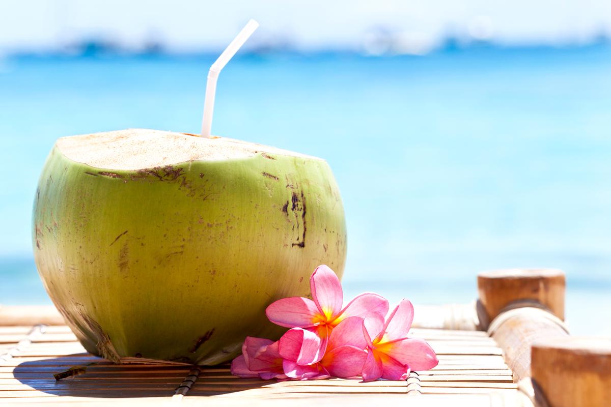3. Air kelapa