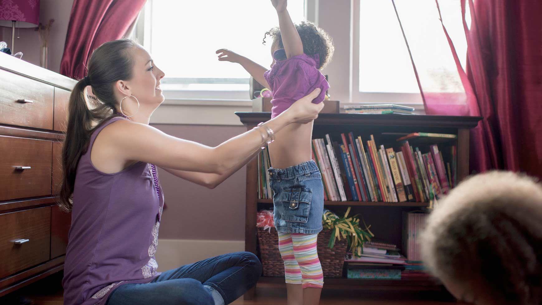 1. Ajarkan anak tentang tubuh mereka