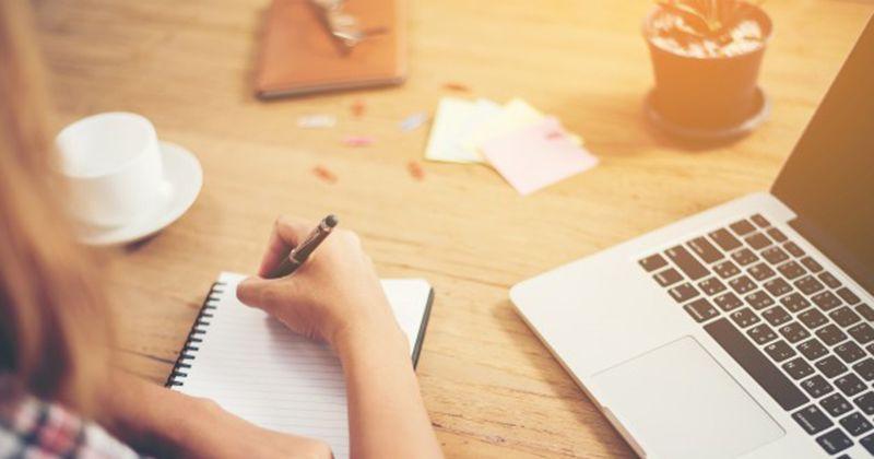 Cara Membuat Ide untuk Artikel & Pidato