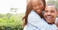 7 Hal Mendasar dari Hubungan Suami-Istri Sebagai Keluarga Bahagia