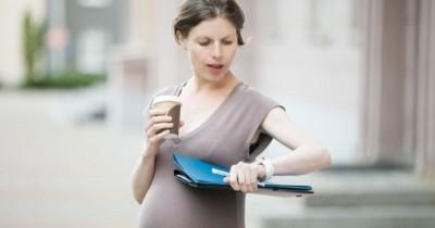 8 Tips Penting Aman Saat Bekerja Ibu Hamil Super Sibuk