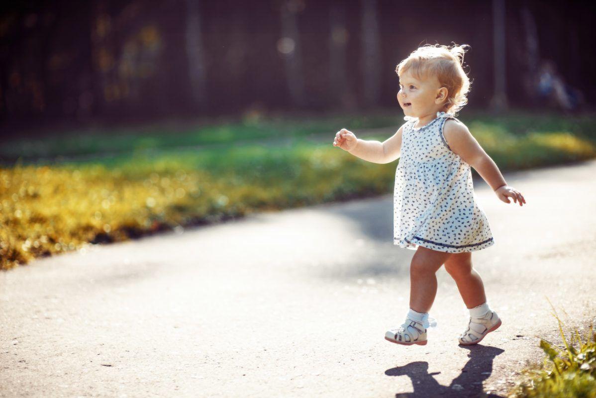 4. Waspada anak belajar berjalan