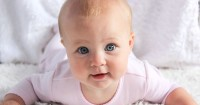 Ketahuilah 7 Makna Dibalik Gerak-Gerik Tubuh Bayi Berkomunikasi