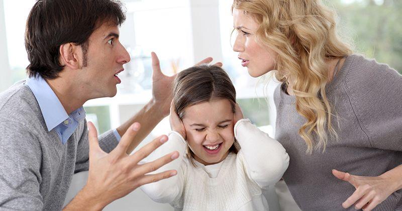 3. Anak menjadi berpikir negatif