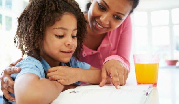 1.Meningkatkan insting kreatif si Kecil