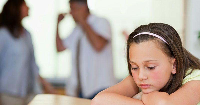 8 Alasan Pertengkaran Mama Papa Bisa Mempengaruhi Kejiwaan Anak