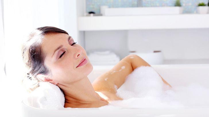 Cara Aman Mandi Air Panas Untuk Ibu Hamil Popmama Com