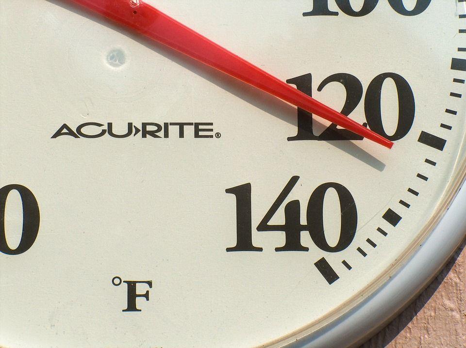 6. Memberikan suhu panas