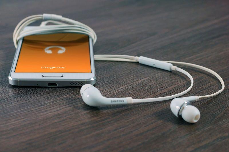 7. Bahkan bisa ditemukan aplikasi musik