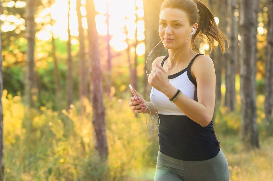 5. Tidak mengganti pakaian dalam setelah berolahraga