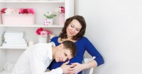 Ini Dia Cara Seru Mengumumkan Kehamilan Mama Millennial