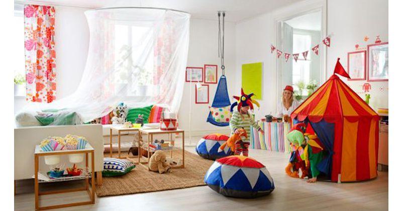 6. Buatlah area bermain khusus sudut ruangan