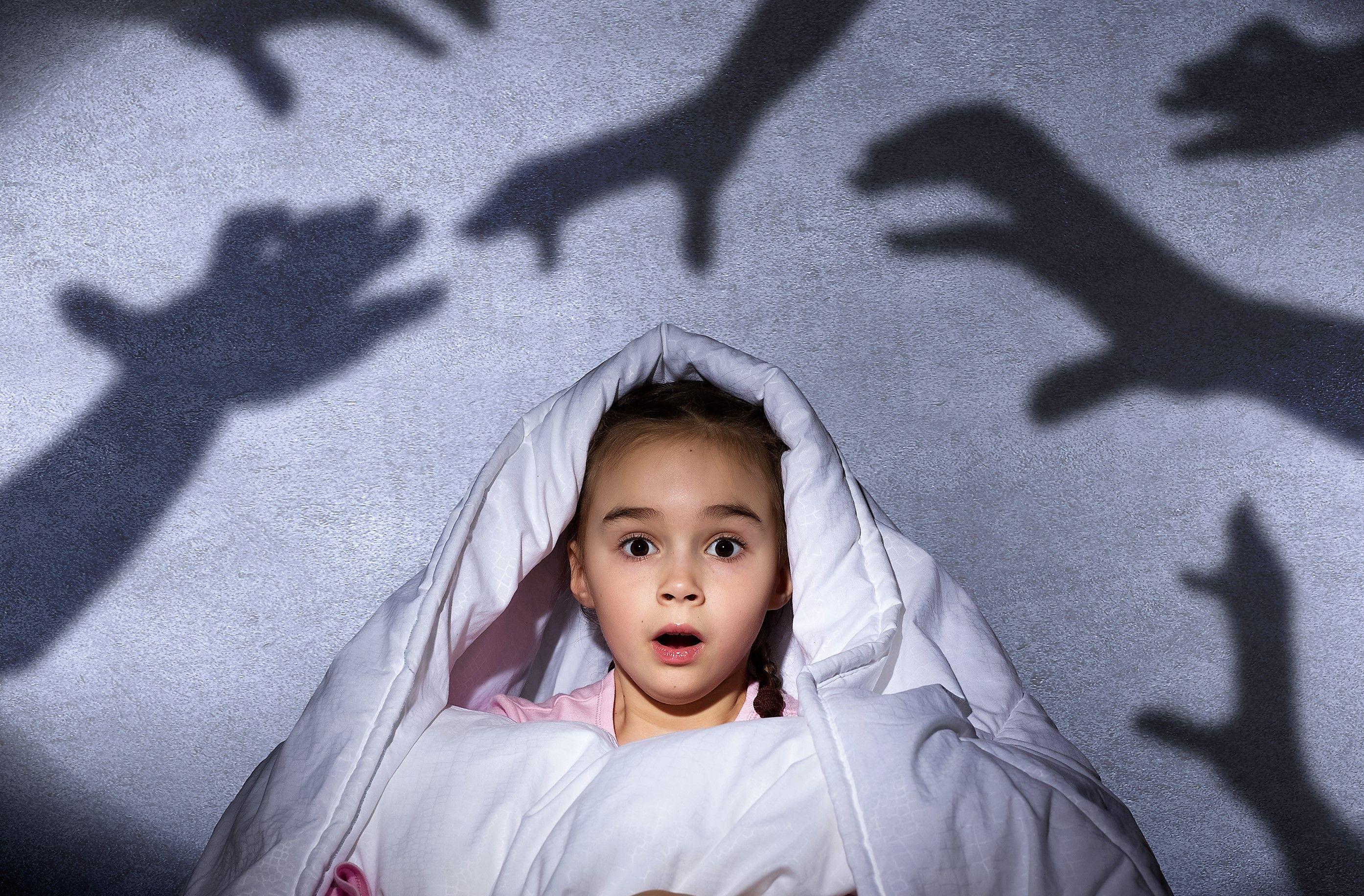 5. Kenalkan perasaan takut khawatir