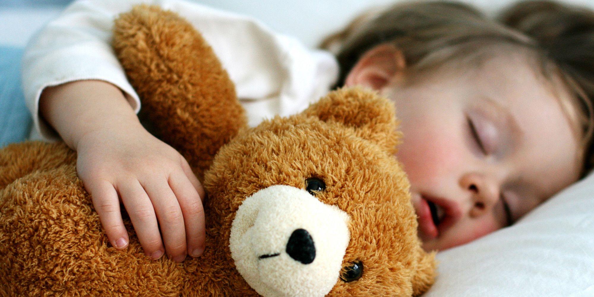 3. Tidur dalam kondisi sangat lelah