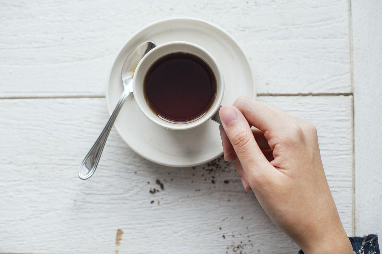 4. Jangan minum kopi
