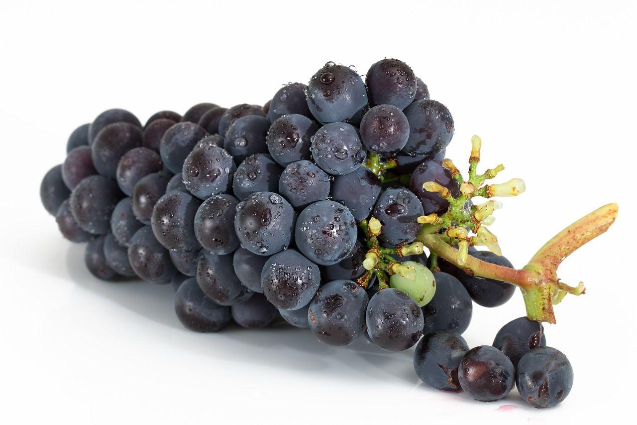 2.Anggur utuh