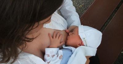 10 Kunci Sukses Menyusui Bayi Wajib Mama Ketahui