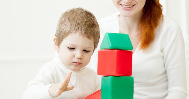 2. Pilih mainan mengajarkan buat belajar menyelesaikan