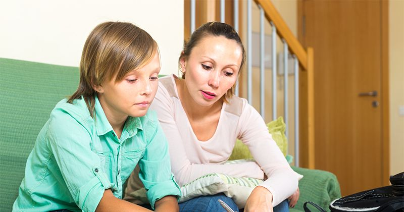 1. Berdiskusi anak tentang perasaannya