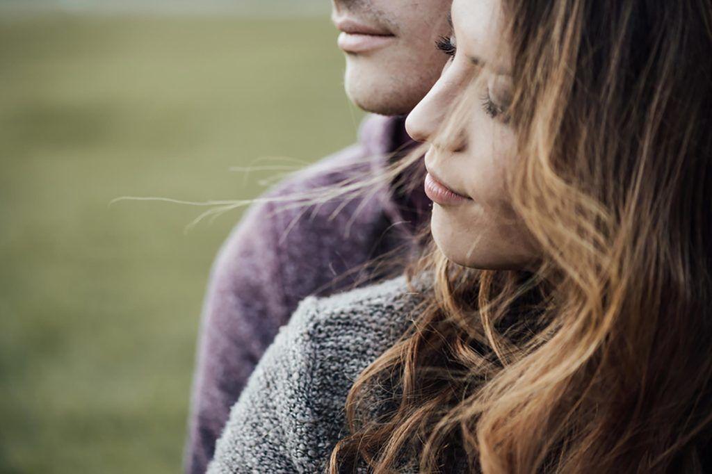 3. Arti mimpi melihat pasangan selingkuh orang lain tidak kamu kenal