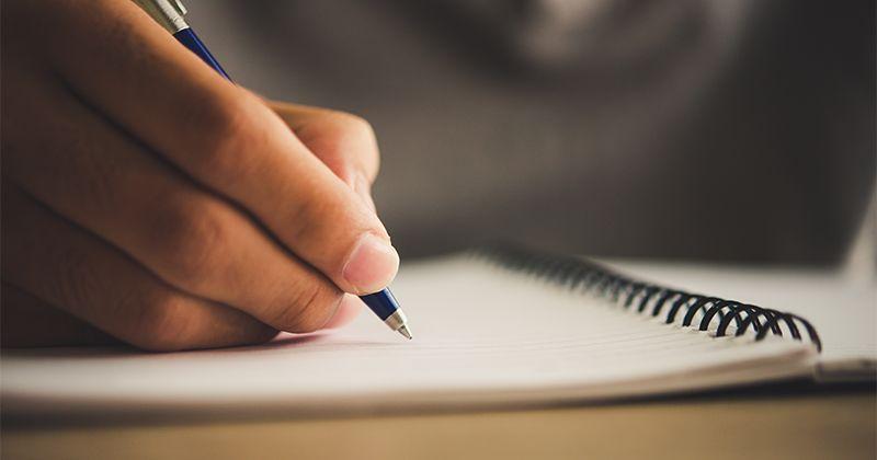 7. Siapkan beberapa list berisi informasi berguna untuknya